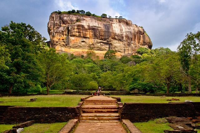 Sri Lanka Tour and Beach Vacation